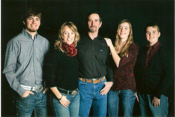 Steve & Mel Lund family photo